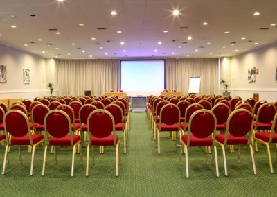 sale-meeting-hotel-milton-milano
